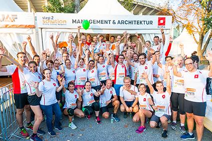 DELTA-mit-Geschäftspartnern-und-Familienmitgliedern-beim-Business-Run-2018