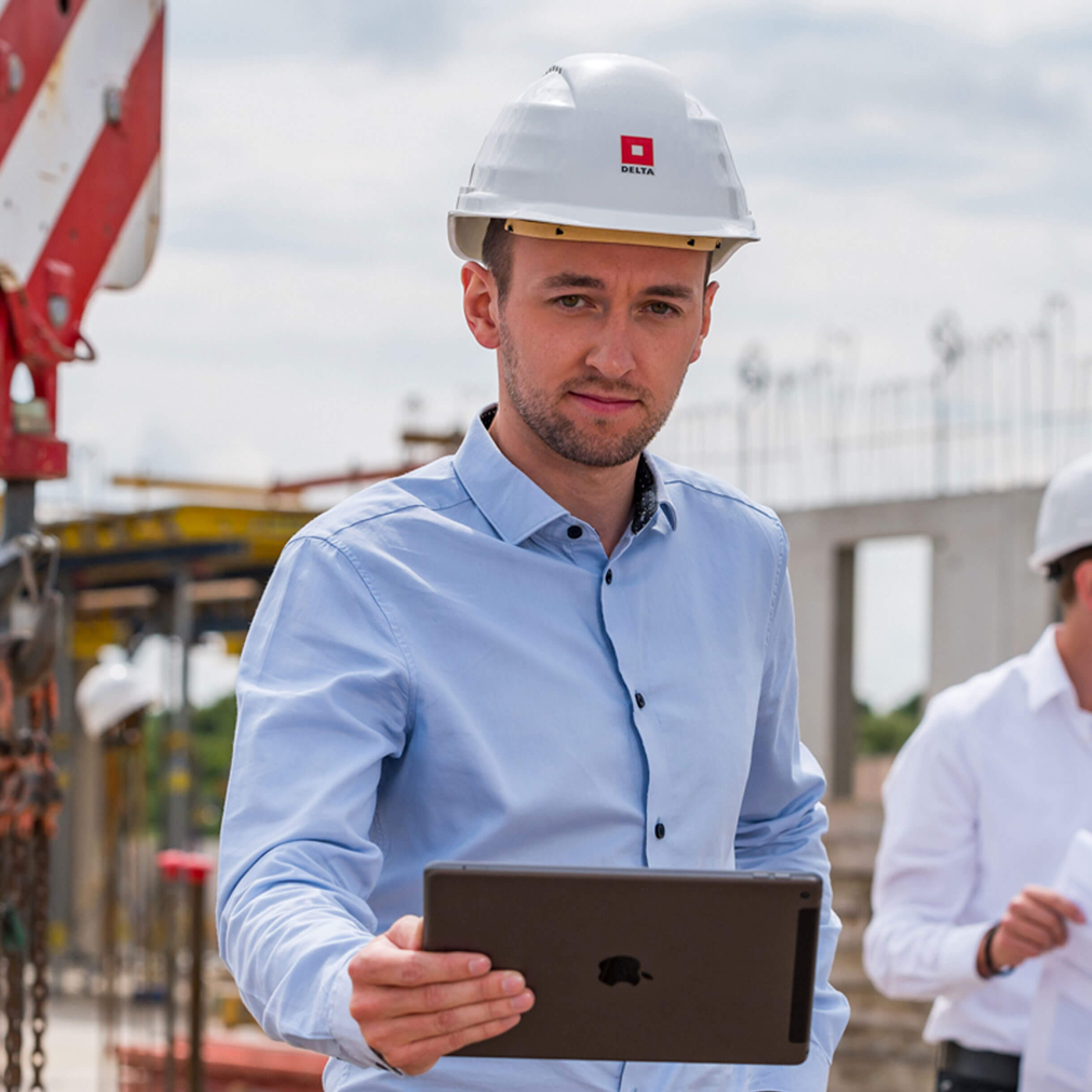 Mitarbeiter auf Baustelle
